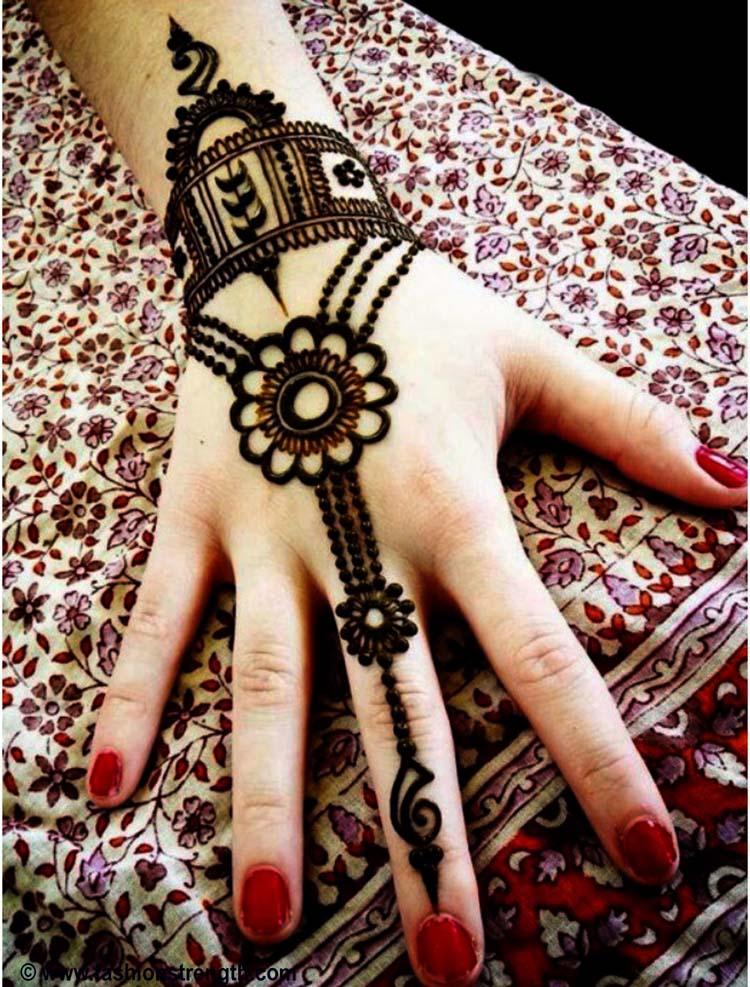 Back hand Tikki Style mehndi design