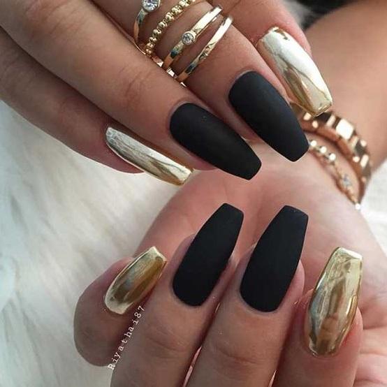 MATTE MEETS METAL nail art style