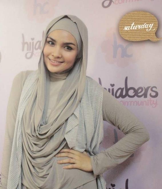 Loose wrap style hijab